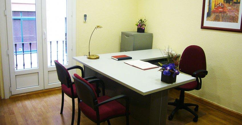 Alquiler de oficinas por horas en valladolid libertad 6 for Oficina empleo valladolid